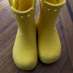 Croc Rain boots Kids size 11 Yellow